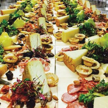 buffet-chaud-traiteur-857652345374